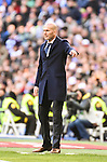 Real Madrid´s Zinedine Zidane  during 2015/16 La Liga match between Real Madrid and Atletico de Madrid at Santiago Bernabeu stadium in Madrid, Spain. February 27, 2016. (ALTERPHOTOS/Javier Comos)