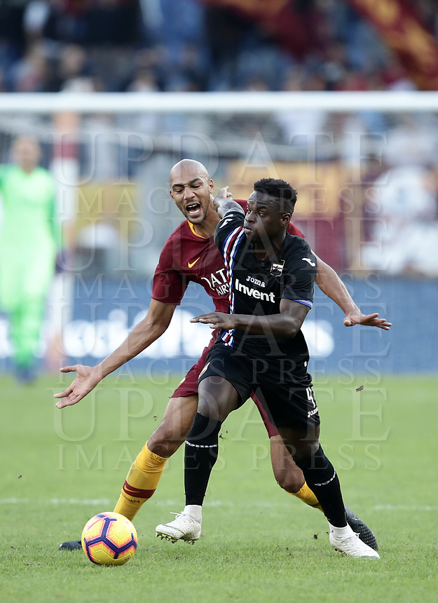 Football, Serie A: AS Roma - Sampdoria, Olympic stadium, Rome, November 11, 2018. <br /> Roma's Steven Nzonzi (l) in action with Sampdoria's Bryan Cristante (r) during the Italian Serie A football match between Roma and Sampdoria at Rome's Olympic stadium, on November 11, 2018.<br /> UPDATE IMAGES PRESS/Isabella Bonotto