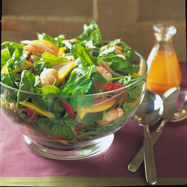 spinach and shrimp salad