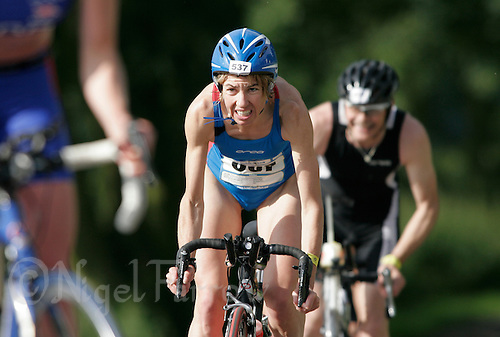 08 JUL 2007 - WAKEFIELD, GBR - Donna James - British Age Group Triathlon Championships. (PHOTO (C) NIGEL FARROW)
