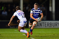 Tom Ellis of Bath Rugby in possession. Gallagher Premiership match, between Bath Rugby and Exeter Chiefs on October 5, 2018 at the Recreation Ground in Bath, England. Photo by: Patrick Khachfe / Onside Images