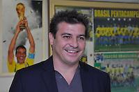 SÃO PAULO, 30 DE JUNHO DE 2012 – COMEMORAÇÃO 10 ANOS DO PENTA: Pentacampeão Luizão esteve presente durante jantar promovido pelo ex jogador Cafú para celebrar os 10 anos da conquista do Penta Campeonato de 2002 e os 50 anos da conquista da Copa do Mundo de 1962. O encontro aconteceu na casa do jogador em Alphaville na noite deste sábado (30) FOTO: LEVI BIANCO – BRAZIL PHOTO PRESS.