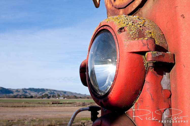 SD9 diesel locomotive headlight near Schellville, California