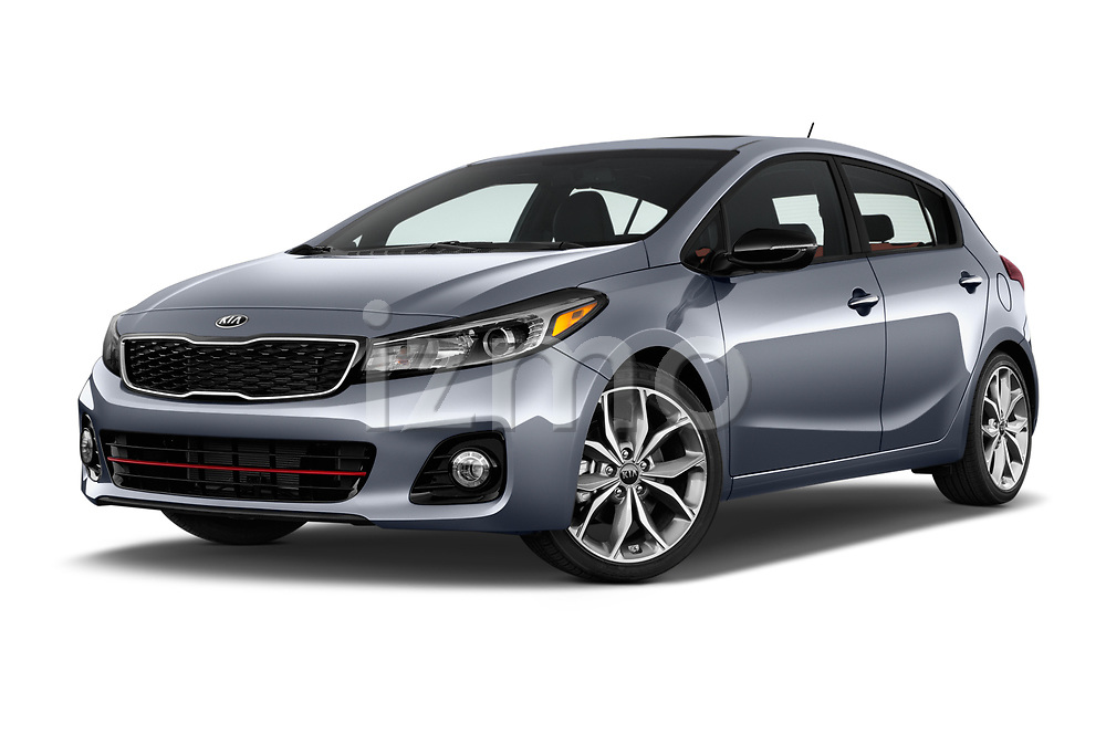 Stock pictures of low aggressive front three quarter view of 2018 KIA Forte5 SX 5 Door Hatchback Low Aggressive