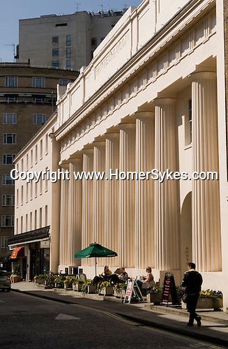 Motcomb Street, Belgravia. London. 2006.