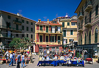 Italy, Liguria, Italian Riviera, Celle Ligure: resort at the Golfo di Genova, flea market, stalls