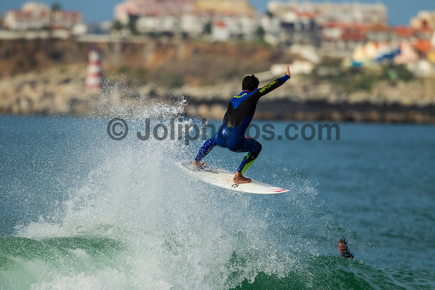 SUPERTUBOS, Peniche/Portugal (Monday, October 15, 2012) Gabriel Medina (BRA). - - The Rip Curl Pro Portugal was put on hold for most of the morning today giving some of the Top 34 a chance to free surf the waves on offer at Supertubes..Photo: joliphotos.com