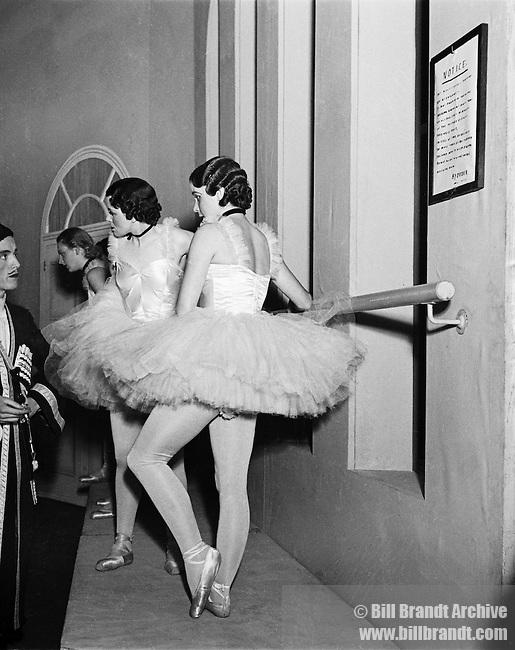 Ballerinas, London 1940s
