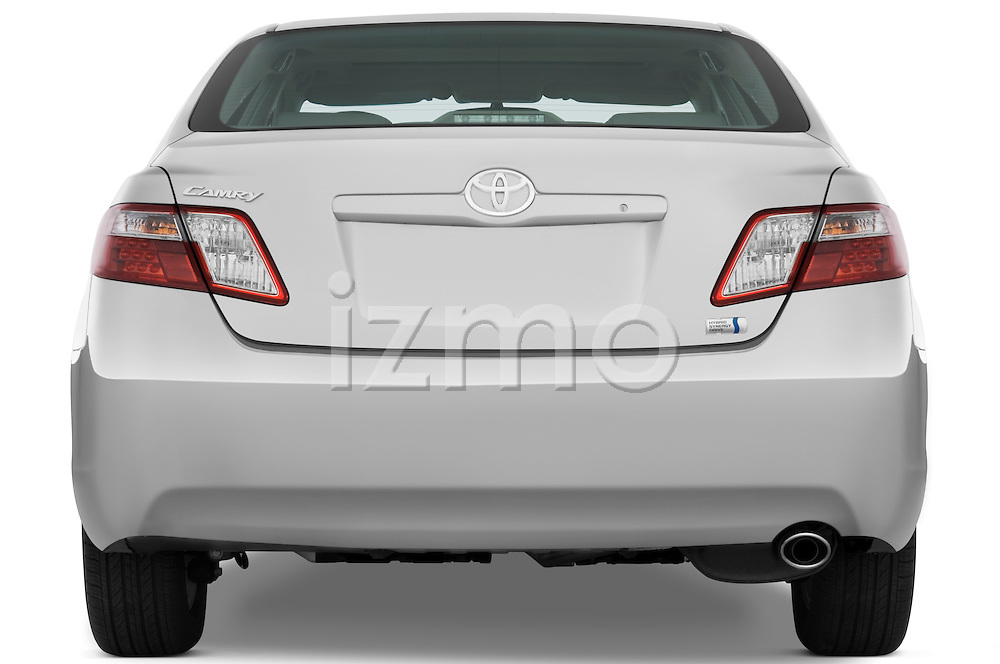 Straight rear view of a 2009 Toyota Camry Hybrid