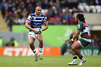 Jonathan Joseph of Bath Rugby in possession. Gallagher Premiership match, between Leicester Tigers and Bath Rugby on May 18, 2019 at Welford Road in Leicester, England. Photo by: Patrick Khachfe / Onside Images