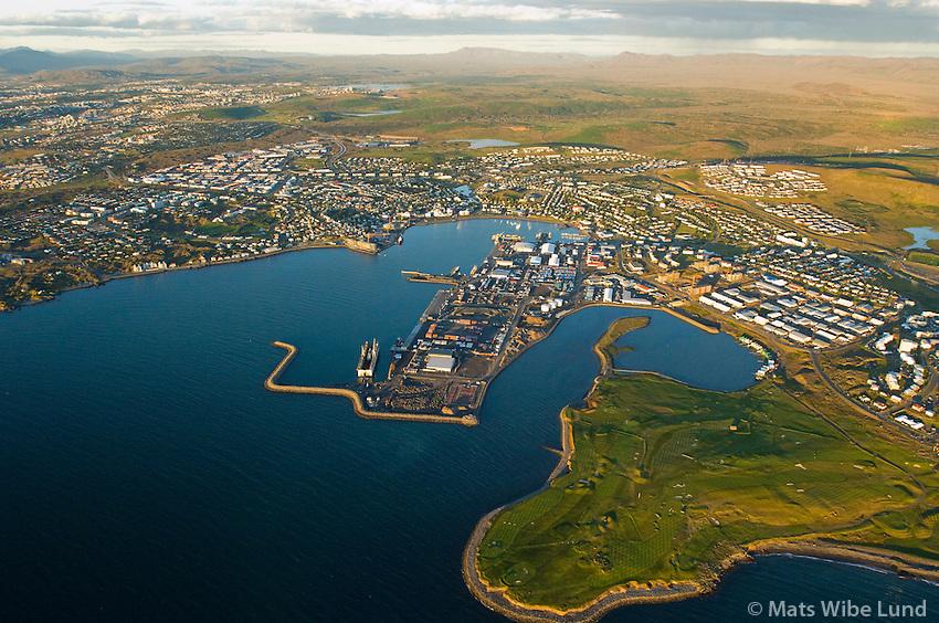 Hafnarfjörður séð til norðausturs /  Hafnarfjordur viewing northeast.