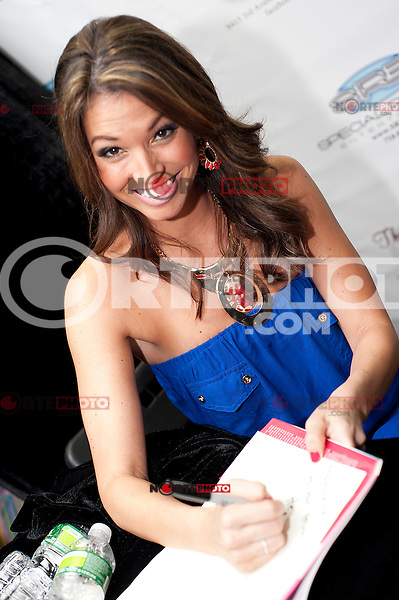 Melissa Rycroft signs copies of her new book, 'My Reality' at the Book Mark Shoppe in Brooklyn, New York. June 5, 2012. © Marianne Nicoletti/MediaPunch Inc.  ***NO GERMANY***NO AUSTRIA***