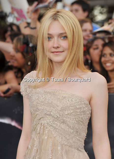 05_ Dakota Fanning _05   -<br /> The Twilight Saga- Eclipse Premiere at the Nokia Theatre In Los Angeles.