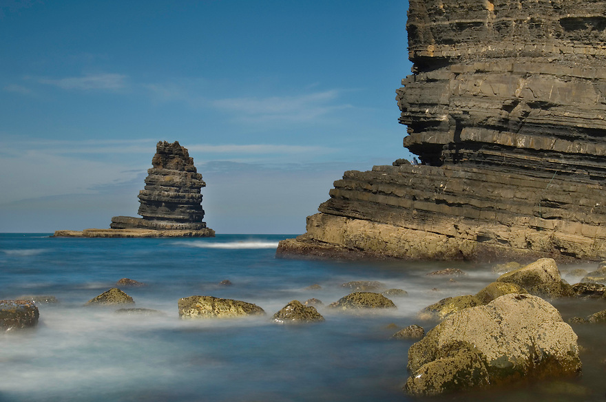 Seascape, Pedra da Agulha (Needle rock), Arrifana coast, Southwest Alentejo and Vicentine Coast Natural Park, Portugal.