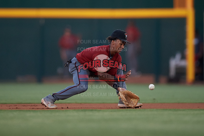 AZL Dbacks second baseman Glenallen Hill Jr. (6) fields a ground ball during an Arizona League game against the AZL Cubs 2 on June 25, 2019 at Sloan Park in Mesa, Arizona. AZL Cubs 2 defeated the AZL Dbacks 4-0. (Zachary Lucy/Four Seam Images)