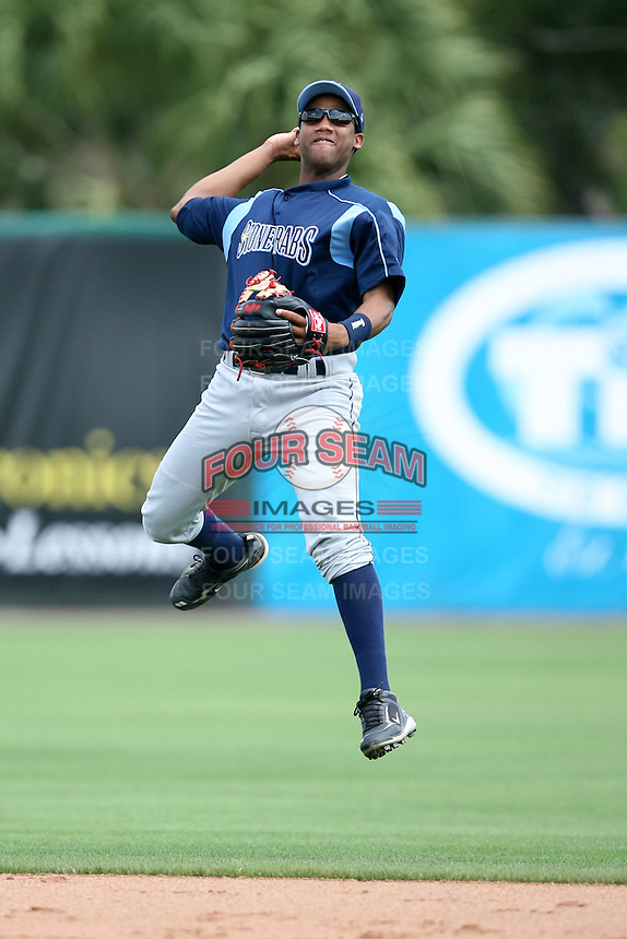 April 12, 2009:  Infielder Omar Luna of the Charlotte Stone Crabs, Florida State League Class-A affiliate of the Tampa Bay Rays, during a game at Hammond Stadium in Fort Myers, FL.  Photo by:  Mike Janes/Four Seam Images