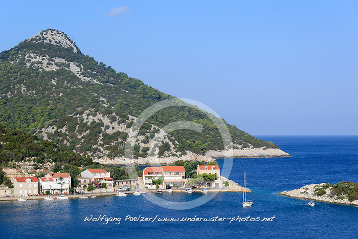 Naturhafen und Bucht von Zaklopatica, Lastovo, Adria, Adriatisches Meer, Mittelmeer, Kroatien, Natural Harbour and Bay of Zaklopatica, Lastovo, Adriatic Sea, Mediterranean Sea, Croatia