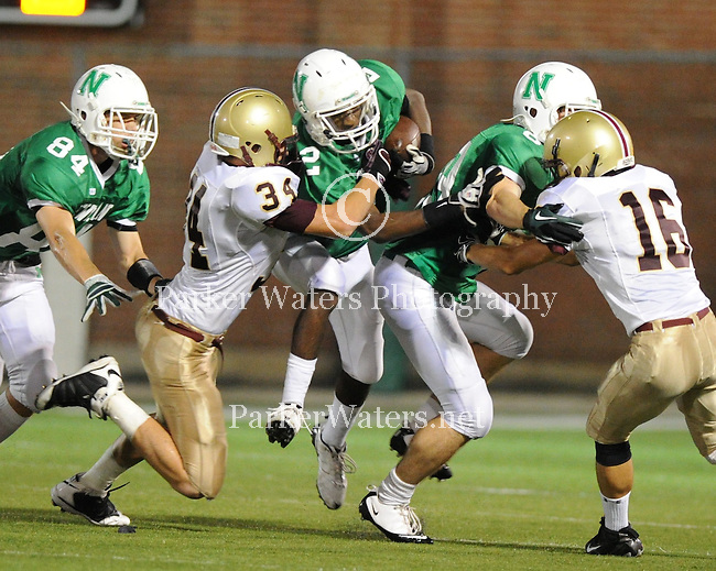 Newman defeats Northlake Christian 10-0 in a hard hitting defensive battle at Lupin Field.