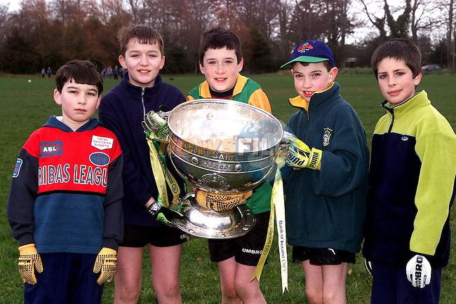 Conor McDonnell, Bryanstown, James Gaffey, Beamore Road, Eoin Woods, Piltown, Bryan Yelverton, Stameen and Colin McKeever, Five Oaks with the Sam Maguire during St. Colmcilles Juvenille Club coaching in Piltown..Picture Paul Mohan Newsfile