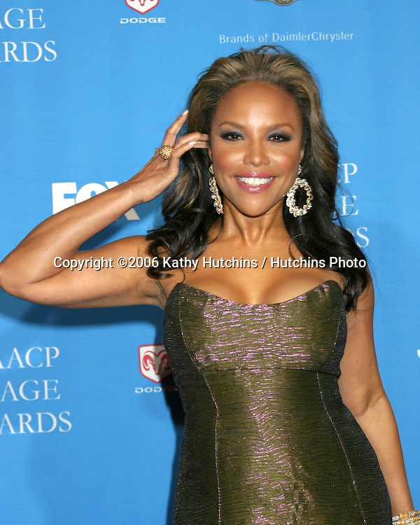 Lynn Whitfield.37th NAACP Image Awards.Shrine Auditorium.Los Angeles, CA.February 25, 2006.©2006 Kathy Hutchins / Hutchins Photo....                 V