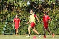 SAO PAULO, SP, 27.05.2015 - FUTEBOL-SAO PAULO -  Alexandre Pato durante o   treino do São Paulo Futebol Clube, na tarde desta quarta-feira (27) , no Centro de Treinamento da Barra Funda, zona oeste da cidade de São Paulo (Foto: Adriana Spaca / Brazil Photo Press)