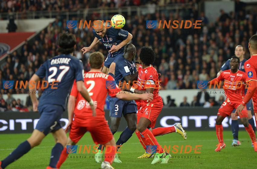 Alex (psg) .Parigi 5/5/2012 .Football Calcio 2012/2013.Ligue 1 Francia .Paris Saint Germain PSG Vs Valenciennes .Foto Panoramic / Insidefoto .ITALY ONLY