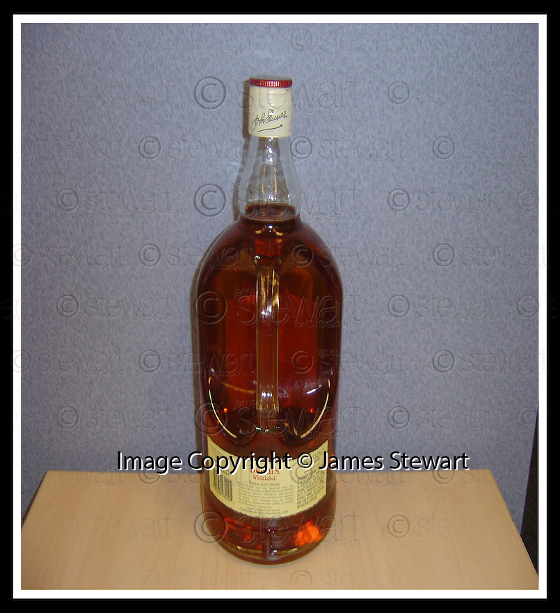 15/08/2008  Collect Pic: James Stewart.File Name : sct_jspa02_whisky.COLLECT PIC SHOWING THE REAR OF A BOTTLE OF A RARE DEWARS WHISKY SIMILAR TO THE 336 BOTTLES STOLEN FROM GRANGEMOUTH DOCKS....(see copy from George Mair).James Stewart Photo Agency 19 Carronlea Drive, Falkirk. FK2 8DN      Vat Reg No. 607 6932 25.Studio      : +44 (0)1324 611191 .Mobile      : +44 (0)7721 416997.E-mail  :  jim@jspa.co.uk.If you require further information then contact Jim Stewart on any of the numbers above........