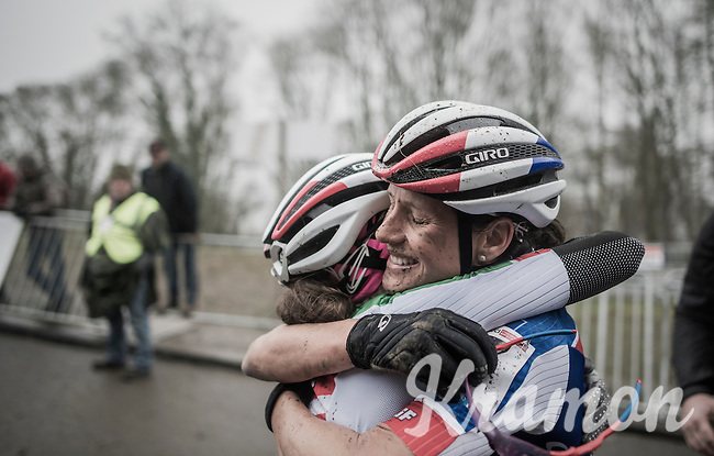 teammates (and the nr's 1&2 on the podium:) Katerina Nash (CZE/Luna) & Eva Lechner (ITA/Luna) hugging after the finish<br /> <br /> UCI Cyclocross World Cup Namur/Belgium 2016