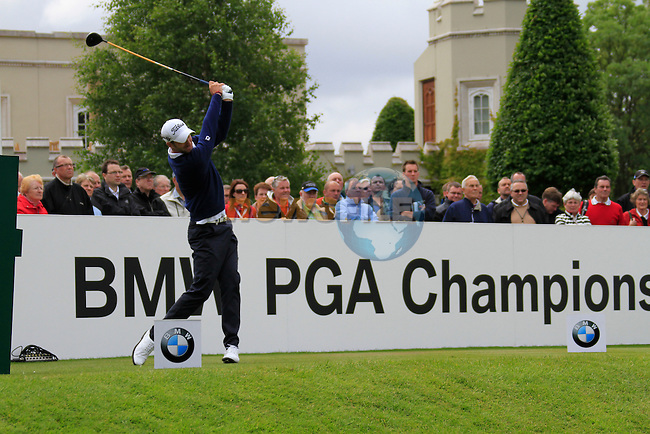 Seve Benson (ENG) tees off on the 1st tee to start his round on Day 2 of the BMW PGA Championship Championship at, Wentworth Club, Surrey, England, 27th May 2011. (Photo Eoin Clarke/Golffile 2011)