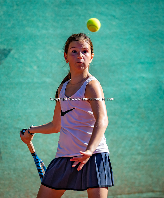 Hilversum, Netherlands, August 6, 2018, National Junior Championships, NJK, Una Naumovski (NED)<br /> Photo: Tennisimages/Henk Koster