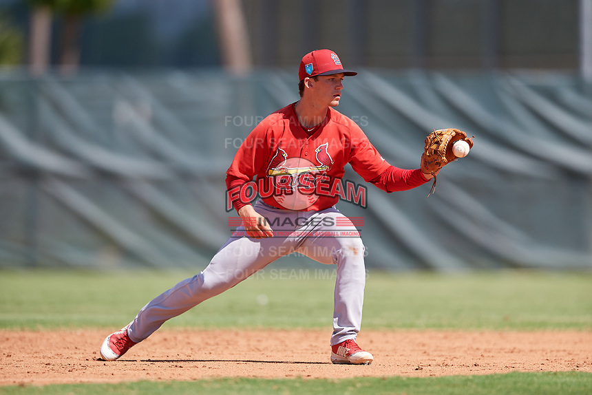 GCL Cardinals second baseman Josh Shaw (5) fields a ground ball during a game against the GCL Mets on August 6, 2018 at Roger Dean Chevrolet Stadium in Jupiter, Florida.  GCL Cardinals defeated GCL Mets 6-3.  (Mike Janes/Four Seam Images)