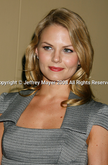 "HOLLYWOOD, CA. - October 07: Actress Jennifer Morrison arrives at the Padres Contra El Cancer's 8th Annual ""El Sueno De Esperanza"" Benefit Gala at the Hollywood & Highland Center on October 7, 2008 in Hollywood, California."