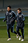 Madrid (02/03/10).-Entrenamiento del Real Madrid..Ezequiel Garay y Fernando Gago...© Alex Cid-Fuentes/ ALFAQUI..Madrid (02/03/10).-Training session of Real Madrid c.f..Ezequiel Garay and Fernando Gago...© Alex Cid-Fuentes/ ALFAQUI.