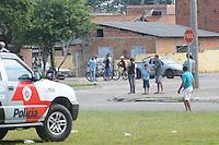 SAO JOSE DOS CAMPO, SP, 23 DE JANEIRO DE 2012  Policia militar  isola arena no Bairro do Pinheirinho (FOTO: ADRIANO LIMA - NEWS FREE).