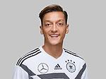 05.06.2018, Sportzone Rungg / Eppan, Eppan, ITA, Portraits DFB A-Nationalteam / Nationalmannschaft<br /> <br /> im Bild<br /> Mesut &Ouml;zil / Oezil (Deutschland / GER #10), <br /> <br /> Foto &copy; nordphoto / Ewert aus DFB-Fotopool