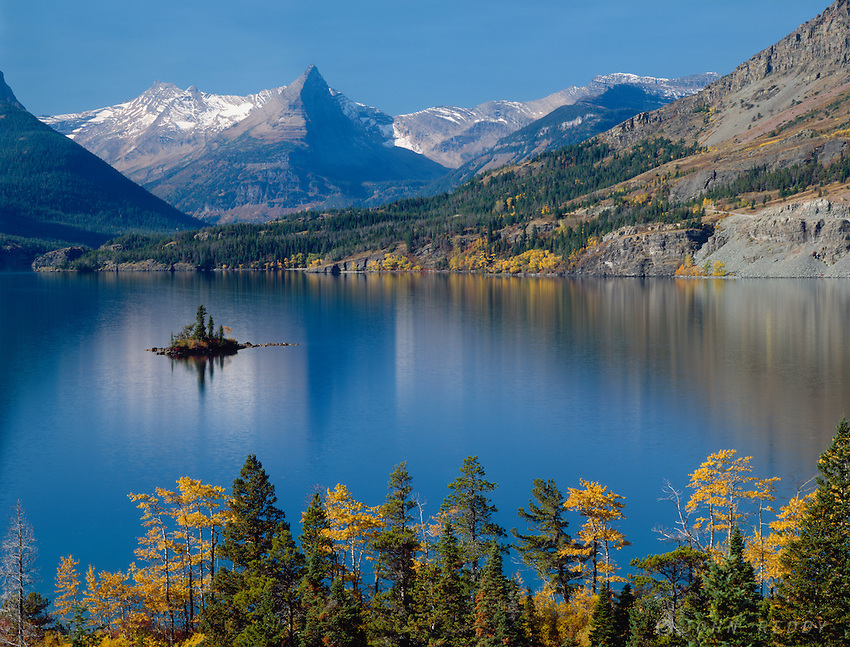 Fall color around St. Mary Lake & Wild Goose Island with Fusillade Mountain,GLACIER NATIONAL PARK, Montana
