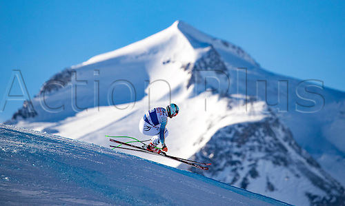 01.12.2016, Val d Isere, France.  FIS World Cup Alpine skiing , Val d Isere, Training. Andreas Sander (GER) in action during the 2nd practice run