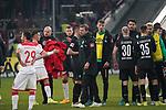 18.01.2020, Merkur Spielarena, Duesseldorf , GER, 1. FBL,  Fortuna Duesseldorf vs. SV Werder Bremen,<br />  <br /> DFL regulations prohibit any use of photographs as image sequences and/or quasi-video<br /> <br /> im Bild / picture shows: <br /> Florian Kohfeldt Trainer / Headcoach (Werder Bremen) bedankt sich bei den Spielern <br /> <br /> Foto © nordphoto / Meuter