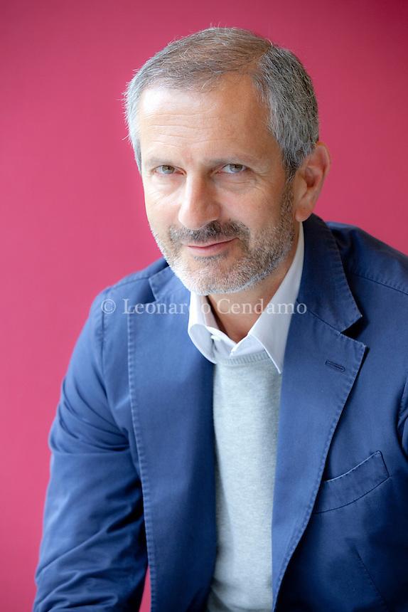 Gianrico Carofiglio è un magistrato, scrittore e politico italiano. Torino, 19 maggio 2013. © Leonardo Cendamo