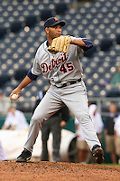 Tigers RHP Aquillino Lopez in action against the Royals at Kauffman Stadium in Kansas City, Missouri on May 6, 2007.  Detroit won 13-4.
