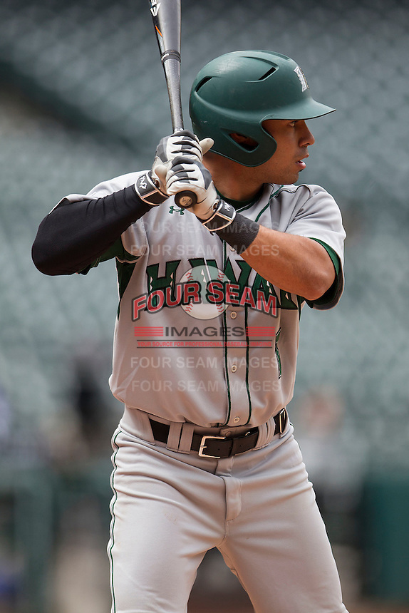 Hawaii Rainbow Warriors catcher Chayce Ka'aua (7) at bat during the NCAA baseball game against the Nebraska Cornhuskers on March 7, 2015 at the Houston College Classic held at Minute Maid Park in Houston, Texas. Nebraska defeated Hawaii 4-3. (Andrew Woolley/Four Seam Images)