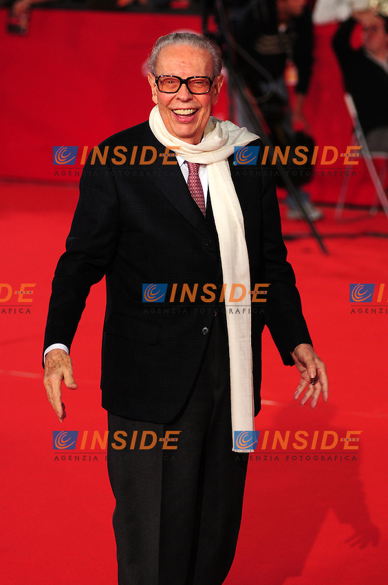 Gian Luigi Rondi during the red carpet at the opening day of the third edition of Festa Internazionaledel Cinema di Roma, Auditorium Parco della Musica, October 22, 2008. <br /> Photo Luca Cavallari Insidefoto