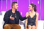Ana Guerra con el compositor de tu cancion durante la Gala Eurovision de Operacion Triunfo