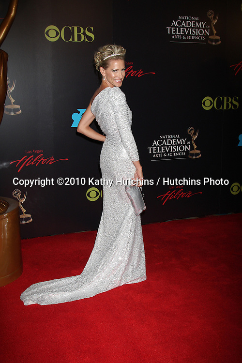 Kelly Menighan Hensley.arrives at the 2010 Daytime Emmy Awards .Las Vegas Hilton Hotel & Casino.Las Vegas, NV.June 27, 2010.©2010 Kathy Hutchins / Hutchins Photo....
