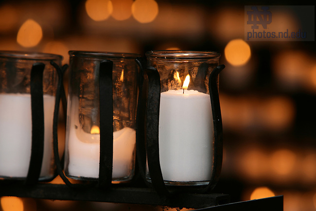Grotto candle