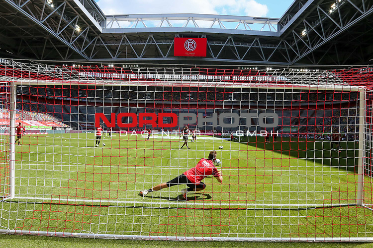 1. Fussball Bundesliga 33. Spieltag - Fortuna Duesseldorf vs. FC Augsburg 20.06.2020 - Duesseldorfs Michael Rensing #1<br /><br /><br /><br />(Foto: Sebastian Sendlak / wave.inc/POOL/ via Meuter/Nordphoto)<br /><br />DFL regulations prohibit any use of photographs as image sequences and/or quasi-videos.<br /><br />EDITORIAL USE ONLY<br /><br />National and international News-Agencys OUT.