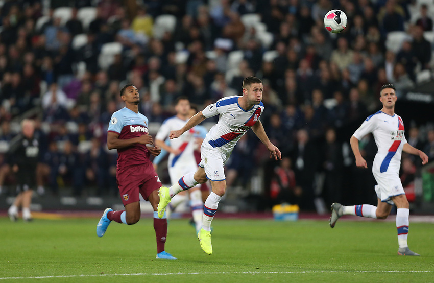 Crystal Palace's Gary Cahill<br /> <br /> Photographer Rob Newell/CameraSport<br /> <br /> The Premier League - West Ham United v Crystal Palace - Saturday 5th October 2019 - London Stadium - London<br /> <br /> World Copyright © 2019 CameraSport. All rights reserved. 43 Linden Ave. Countesthorpe. Leicester. England. LE8 5PG - Tel: +44 (0) 116 277 4147 - admin@camerasport.com - www.camerasport.com