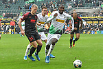 06.10.2019, Borussia-Park - Stadion, Moenchengladbach, GER, DFL, 1. BL, Borussia Moenchengladbach vs. FC Augsburg, DFL regulations prohibit any use of photographs as image sequences and/or quasi-video<br /> <br /> im Bild Strafraumszene . Torchance von Marcus Thuram  (#10, Borussia Moenchengladbach) <br /> <br /> Foto © nordphoto/Mauelshagen