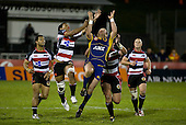 Viliamu Fihaki competes for the high ball. Air New Zealand Cup rugby game played at Mt Smart Stadium, Auckland, between Counties Manukau Steelers & Otago on Thursday August 21st 2008..Otago won 22 - 8 after leading 12 - 8 at halftime.