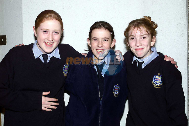 Niamh Aspell Hillview, Lisa Hanlon Hillview and Clare McHugh Ballymakenny Rooad at the open night in Greenhills.Pic Fran Caffrey Newsfile